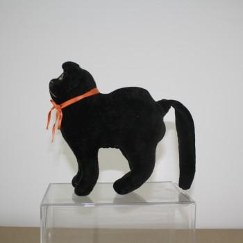 Velvet Standing Cat